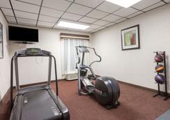 马纳萨斯戴斯酒店 - 马纳萨斯 - 健身房