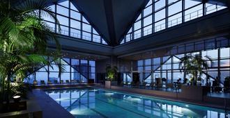 东京柏悦酒店 - 东京 - 游泳池