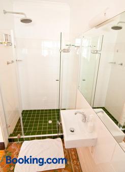 萝丝B&B酒店 - 开普敦 - 浴室
