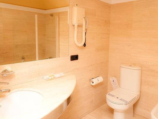 科罗娜卡斯蒂拉酒店 - 布尔戈斯 - 浴室