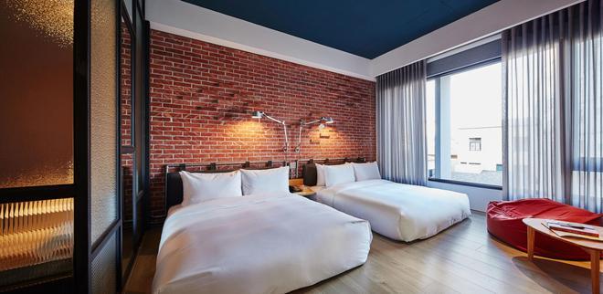 友爱街旅馆 - 台南 - 睡房