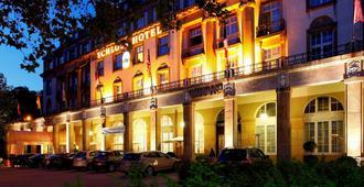 卡尔斯鲁厄城堡酒店 - 卡尔斯鲁厄 - 建筑