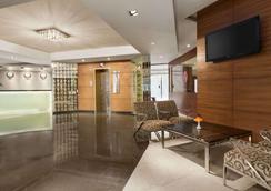 新孟买华美达酒店 - 纳威孟买 - 大厅