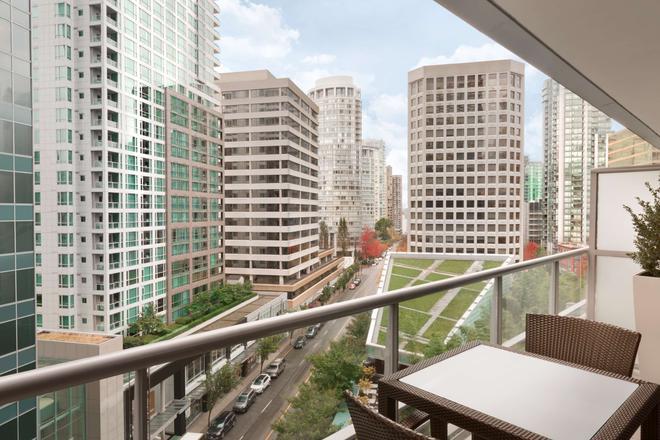 温哥华香格里拉大酒店 - 温哥华 - 阳台