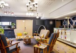 贝斯维斯特高级酒店 - 里尔 - 大厅
