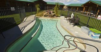 科迪牛仔村酒店 - 科迪 - 游泳池