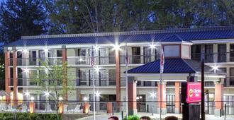 比尔特莫尔村克拉丽奥酒店 - 阿什维尔 - 建筑