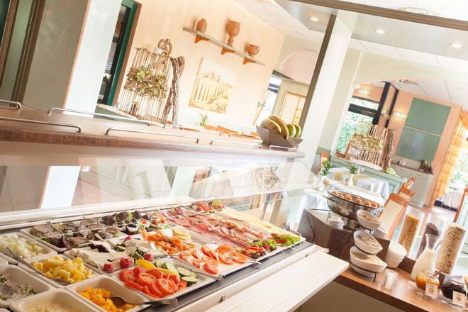 莱比锡套房酒店 - 莱比锡 - 自助餐
