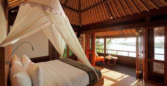 孟家湾度假村酒店 - Gerokgak - 睡房