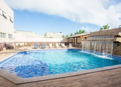 巴拉维恩托普拉亚酒店 - 伊列乌斯 - 游泳池