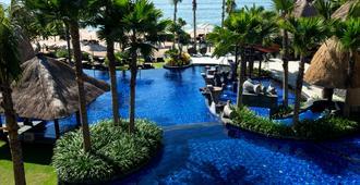 巴厘岛贝诺瓦度假酒店 - South Kuta - 游泳池