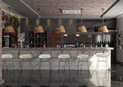 梅拉基度假村(仅限成人) - 赫尔格达 - 酒吧