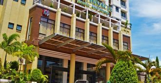 品尼高酒店及套房 - 达沃 - 建筑
