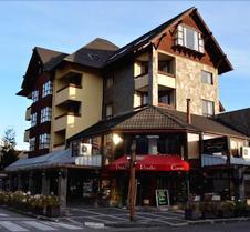 德尔火山公寓酒店