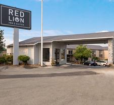 格兰特斯帕斯红狮套房酒店
