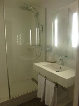 欧洲英格兰德贝斯特韦斯特plus酒店 - 马孔 - 浴室