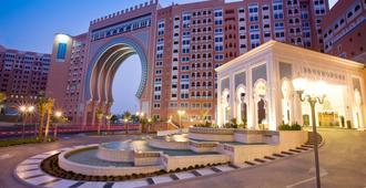 迪拜六国城门瑞享酒店 - 迪拜