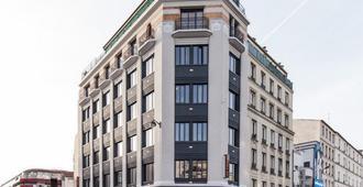 皮奥赖斯旅舍 - 巴黎 - 建筑