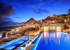 埃斯佩兰萨奥贝吉度假酒店 - 卡波圣卢卡斯 - 游泳池