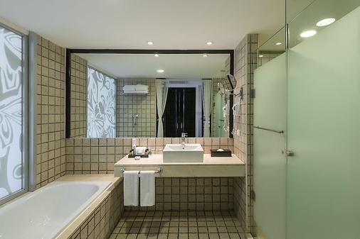 海洋珊瑚松绿石酒店 - 莫雷洛斯港 - 浴室