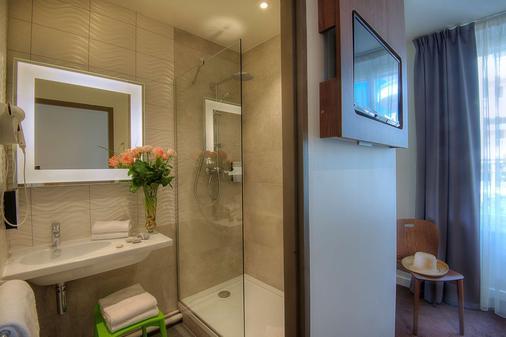 钟楼阿纳西中心酒店 - 火车站 - 安纳西 - 浴室
