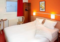 布雷达首映克拉塞酒店 - 布雷达 - 睡房