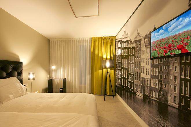 阿姆斯特丹露营旅馆酒店 - 阿姆斯特丹 - 睡房