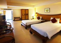 诺拉湖景酒店 - 苏梅岛 - 睡房