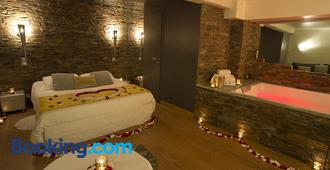 古尔林恩酒店 - 里昂 - 睡房