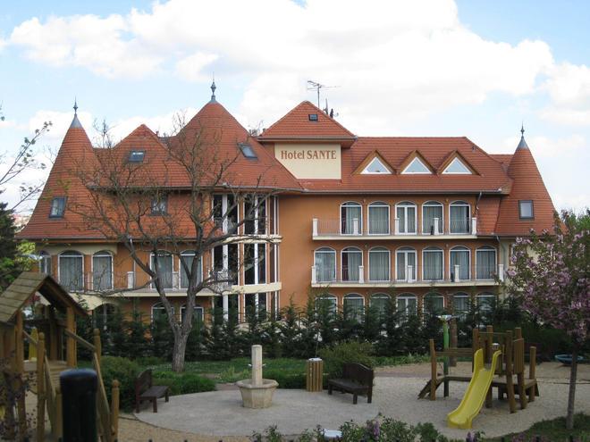 圣赫维兹酒店 - 赫维兹 - 建筑