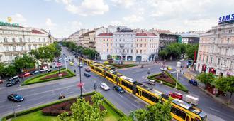 艾沃宁旅馆 - 布达佩斯 - 户外景观