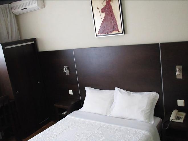 摩德纳酒店 - 科英布拉 - 睡房