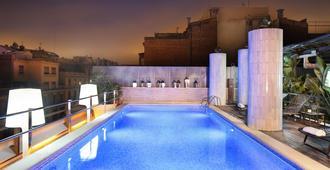 巴塞罗那克拉丽斯酒店 - 巴塞罗那 - 露台