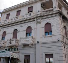 伦格马勒酒店