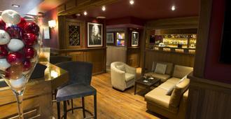 戛纳里维拉贝斯特韦斯特spa酒店 - 戛纳 - 酒吧
