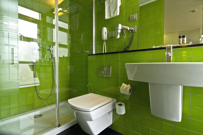 萨那国会酒店 - 里斯本 - 浴室