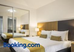 奎斯特威廉国王南公寓酒店 - 阿德莱德 - 睡房