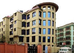 中心点酒店 - 斯利那加 - 建筑
