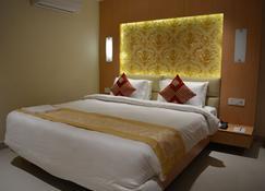 红色天鹅绒酒店 - 巴特那 - 睡房
