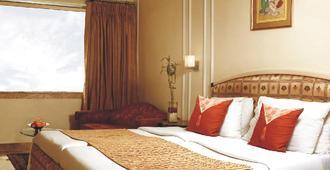 孟买丽景湾酒店 - 孟买 - 睡房