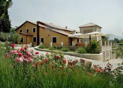 瓦兰堤卡度假村 - 特尔尼 - 建筑