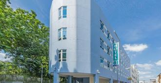 新加坡81酒店-大阪 - 新加坡 - 建筑