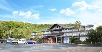 鳄鱼俱乐部艾尔利海滩酒店 - 艾尔利滩 - 建筑