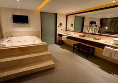 德洛斯火山梦想酒店 - 巴拉斯港 - 浴室
