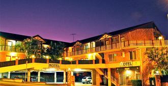 克莱菲尔德机场汽车旅馆 - 布里斯班