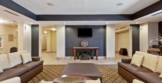 圣安东尼奥北部石橡树区烛木套房酒店 - 圣安东尼奥 - 大厅