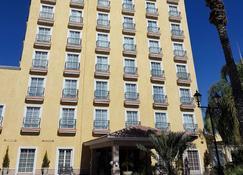 波萨达德尔里奥贝斯特韦斯特快捷酒店 - 托雷翁 - 建筑
