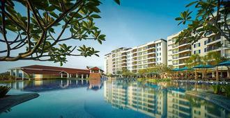 大洋湾度假村-酒店及服务式公寓 - 兰卡威 - 游泳池