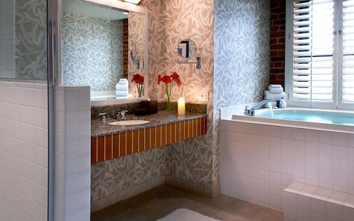 阿戈劳特金普敦酒店 - 旧金山 - 浴室