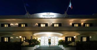 圣弗朗西斯科酒店 - 福利奥 - 建筑